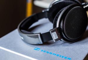 Sennneiser HD650 Reference Class Headphones