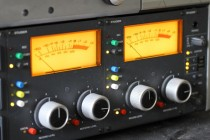 How To Use A VU Meter  (Or Dealing With Levels The Old-School Way)